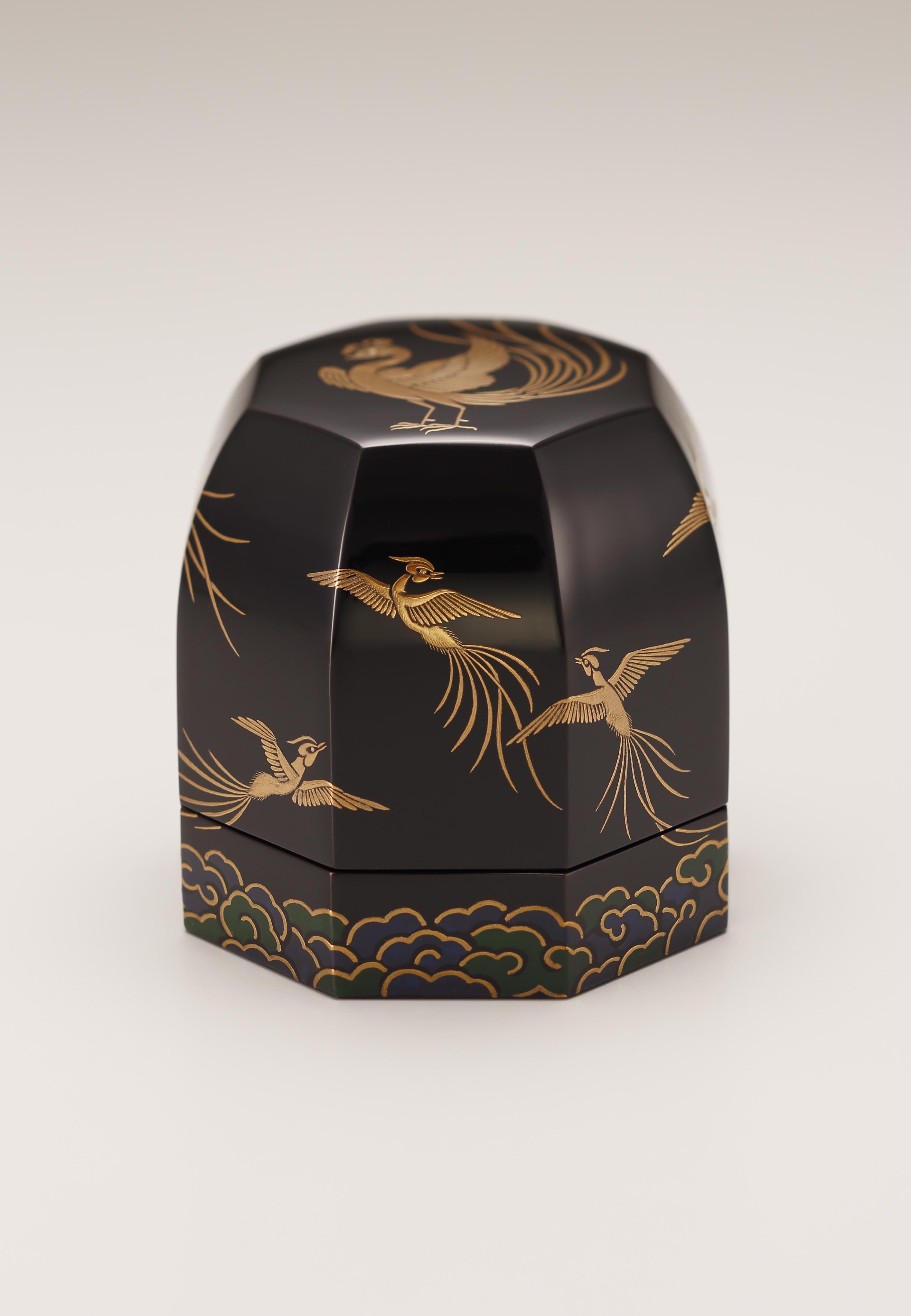 鳳凰瑞雲飾箱画像